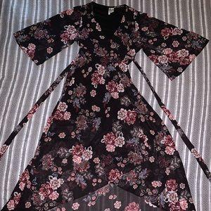Japna Floral Wrap Chiffon Kimono in Black Pink